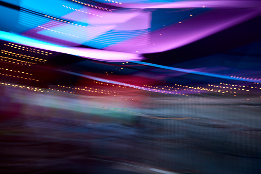 Magenta「Colorful lights in movement, long exposure」:スマホ壁紙(2)