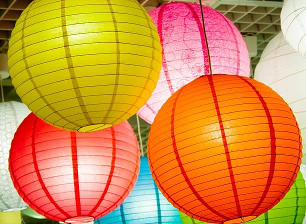 colorful lighting paperlamps:スマホ壁紙(壁紙.com)