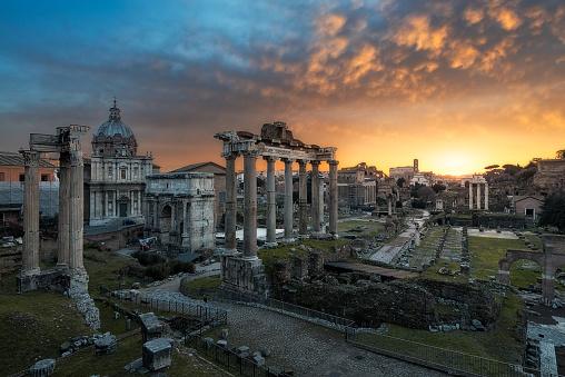 Roman Forum「Roman forum at sunrise, Rome, Italy」:スマホ壁紙(18)