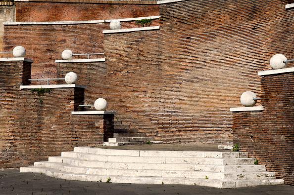 Brick Wall「Roman forum, Rome, Italy」:写真・画像(8)[壁紙.com]
