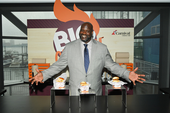 Shaquille O'Neal「Carnival Cruise Line's NYC Cruise Into Summer Event To Celebrate The Arrival Of Mardi Gras In 2020」:写真・画像(16)[壁紙.com]