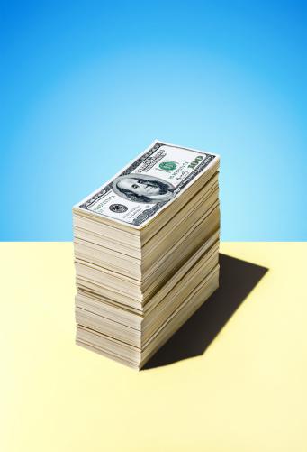 Wealth「Stack Of Dollar Bills」:スマホ壁紙(1)