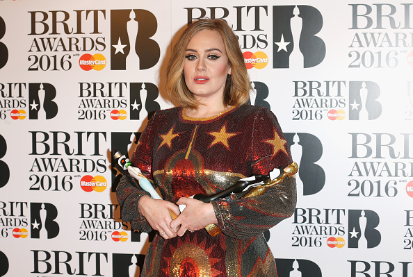 Award「Brit Awards 2016 - Winners Room」:写真・画像(7)[壁紙.com]