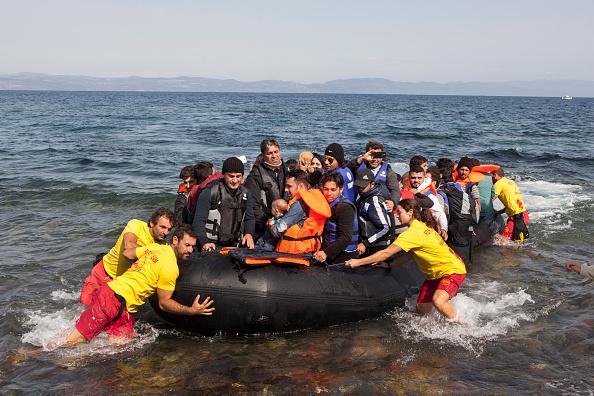 2015-2016 European Migrant Crisis「Refugees On Lesbos」:写真・画像(14)[壁紙.com]