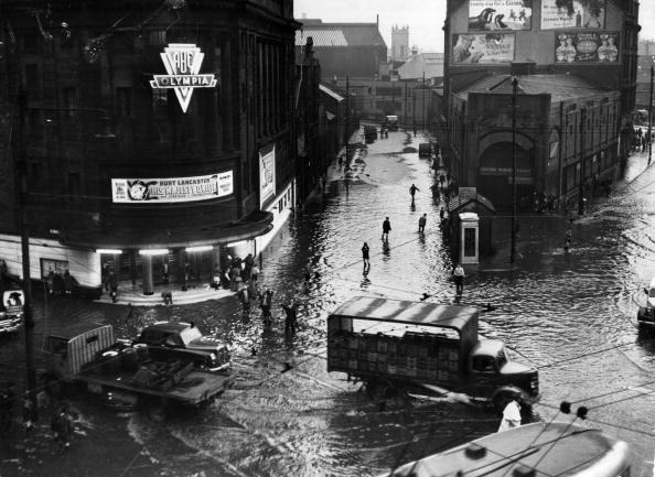 Torrential Rain「Glasgow Flooded」:写真・画像(7)[壁紙.com]