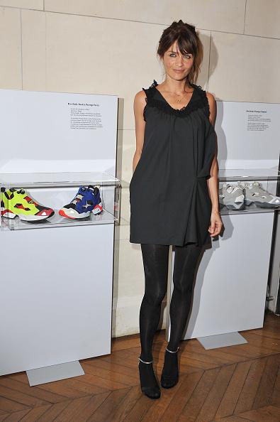 Sleeveless Dress「Helena Christensen Visits Musee des Arts Deco」:写真・画像(7)[壁紙.com]