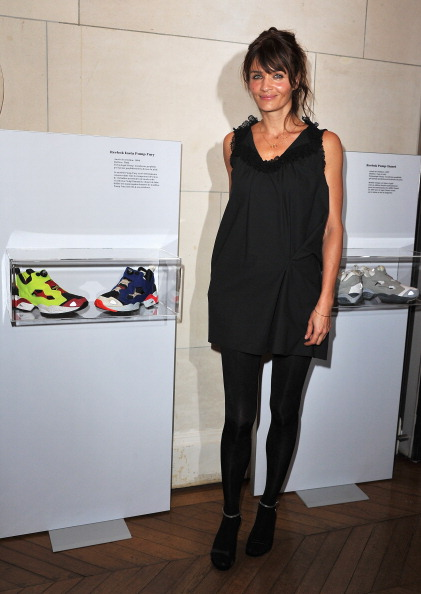 Sleeveless Dress「Helena Christensen Visits Musee des Arts Deco」:写真・画像(9)[壁紙.com]