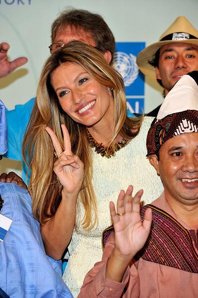 Necklace「2010 United Nations MDG Summit Kick Off」:写真・画像(10)[壁紙.com]