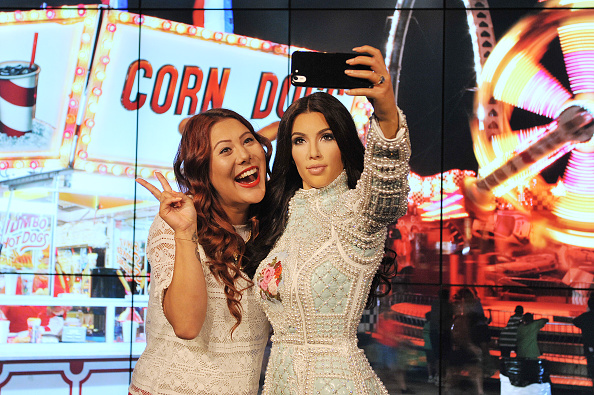 Photography Themes「Madame Tussauds Unveil Kim Kardashian Selfie Taking Wax Figure」:写真・画像(0)[壁紙.com]