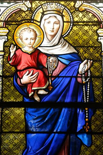 Crown - Headwear「St Justin's church. Virgin and child.」:スマホ壁紙(17)