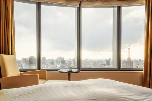 Minato Ward「Tokyo, Japan Skyline View from the Room」:スマホ壁紙(7)