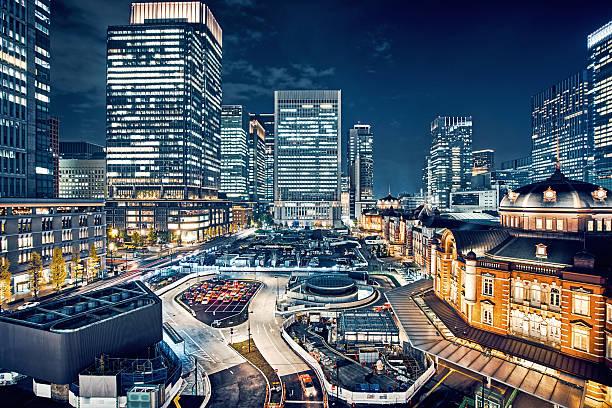 Tokyo, Japan Cityscape at Tokyo Station:スマホ壁紙(壁紙.com)
