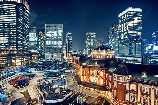 Marunouchi「Tokyo, Japan Cityscape at Tokyo Station」:スマホ壁紙(13)