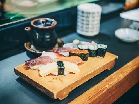 Tradition「Tokyo Japan Sushi Plate」:スマホ壁紙(19)
