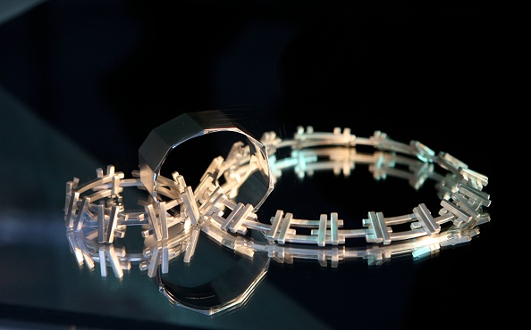 Jewelry「Tiffany & Co. Celebrates Launch Of Frank Gehrys Premiere Collection」:写真・画像(13)[壁紙.com]