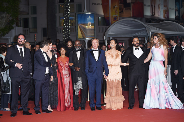"72nd International Cannes Film Festival「""Bacurau"" Red Carpet - The 72nd Annual Cannes Film Festival」:写真・画像(8)[壁紙.com]"