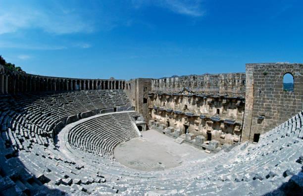 Aspendos Amphitheater:スマホ壁紙(壁紙.com)