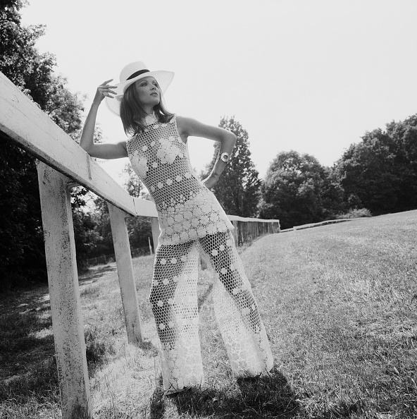 Crochet「Lace Trouser Suit」:写真・画像(1)[壁紙.com]
