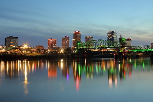 アーカンソー川「Skyline of Little Rock and Arkansas River」:スマホ壁紙(6)
