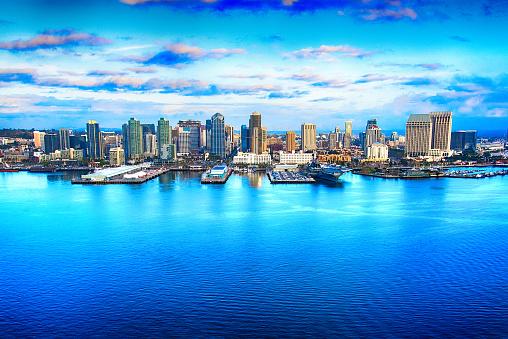 雲「サンディエゴ カリフォルニア航空写真のスカイライン」:スマホ壁紙(7)