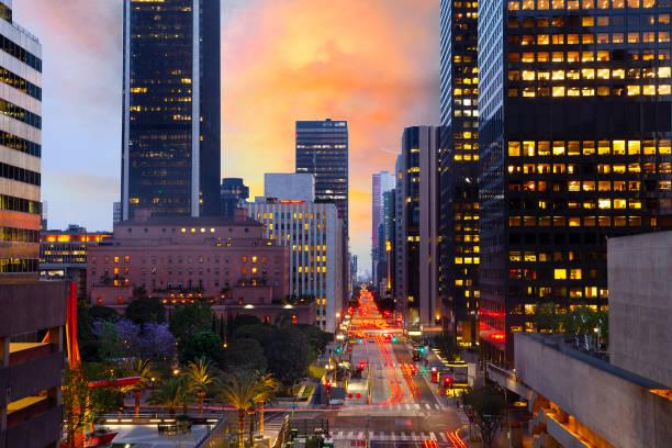 Skyline of downtown LA at sunset with traffic:スマホ壁紙(壁紙.com)