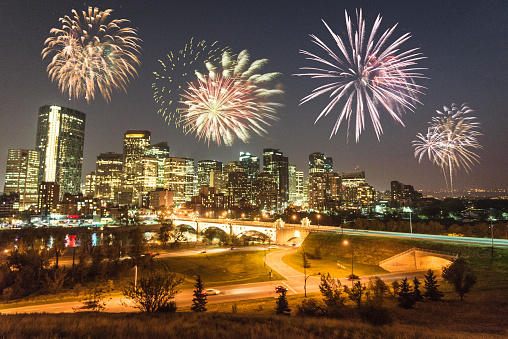 Canada Day「skyline of  calgary with fireworks for the new year」:スマホ壁紙(4)