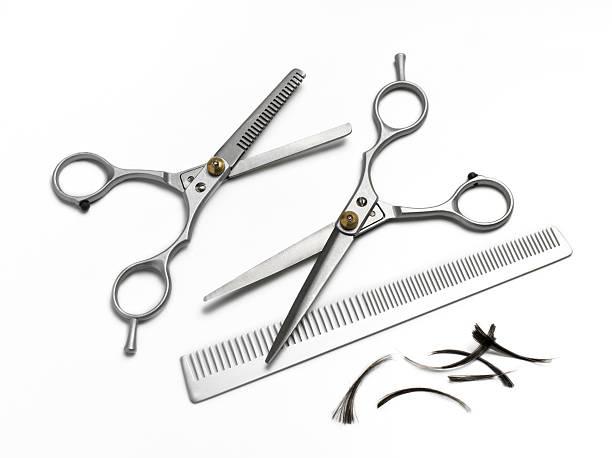 Hairdresser comb and scissors on white background:スマホ壁紙(壁紙.com)