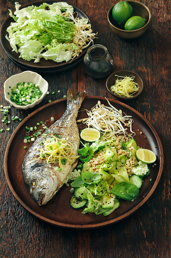 Japanese Language「Grilled sea bream with zucchini, herbs, ginger and quinoa salad」:スマホ壁紙(13)