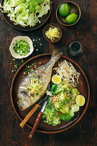 Bean Sprout「Grilled sea bream with zucchini, herbs, ginger and quinoa salad」:スマホ壁紙(2)
