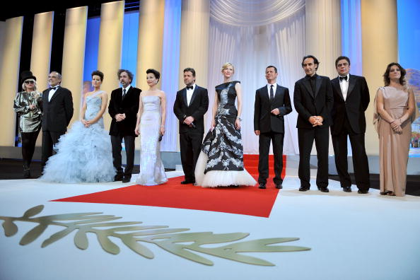 Wide Shot「Opening Ceremony: 63rd Cannes Film Festival 」:写真・画像(0)[壁紙.com]