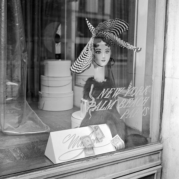 Store Window「Hat By Mr John」:写真・画像(10)[壁紙.com]