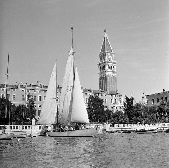 Lagoon「Venetian Campanile」:写真・画像(2)[壁紙.com]
