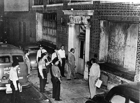 Philadelphia - Pennsylvania「Alcohol Raid」:写真・画像(4)[壁紙.com]