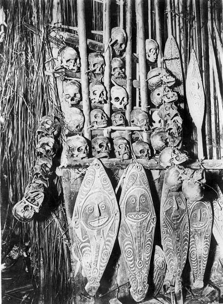 Frank Hurley「New Guinea Skulls」:写真・画像(15)[壁紙.com]