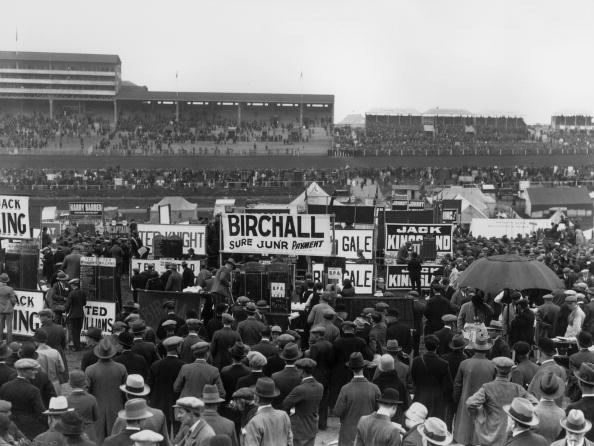 Sports Track「Crowds At Ascot」:写真・画像(9)[壁紙.com]