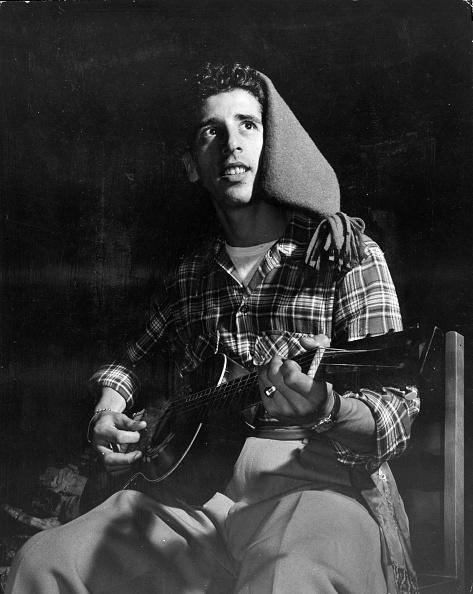 John Dominis「Guitar Serenade」:写真・画像(6)[壁紙.com]