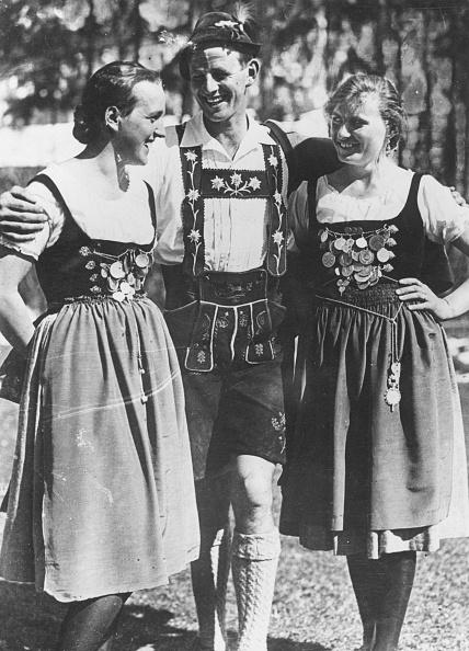 Traditional Clothing「Bavarian Costume」:写真・画像(14)[壁紙.com]