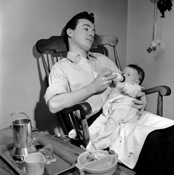 Parent「Contented Dad」:写真・画像(6)[壁紙.com]
