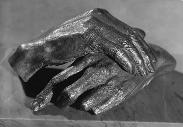 Cast Hands:ニュース(壁紙.com)
