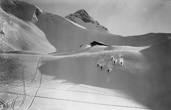 Skiing「Matterhorn Skiers」:写真・画像(13)[壁紙.com]