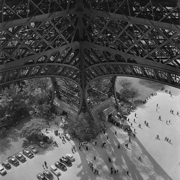 Opening Event「Eiffel Tower Leg」:写真・画像(14)[壁紙.com]