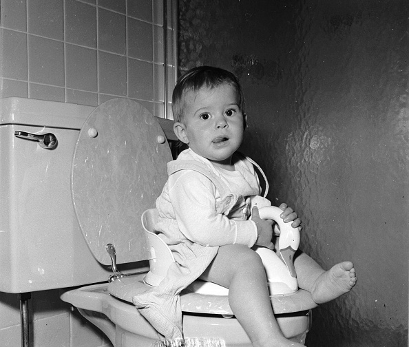 Toilet「Potty Training」:写真・画像(6)[壁紙.com]