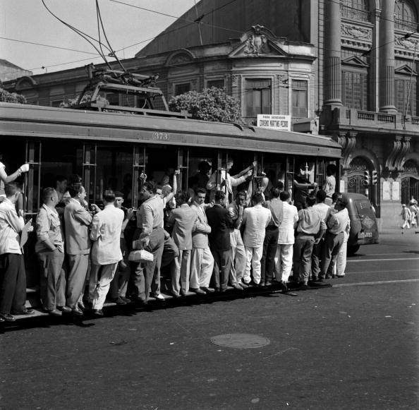 Trolley Bus「Packed Commuters」:写真・画像(16)[壁紙.com]
