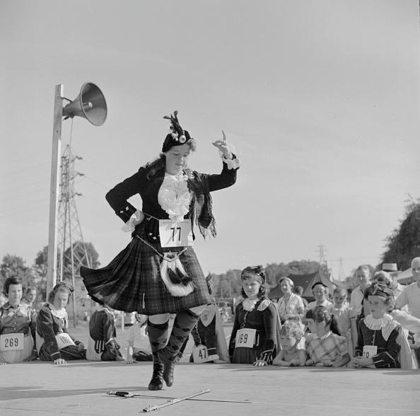 Traditional Clothing「Scottish Dancer」:写真・画像(9)[壁紙.com]