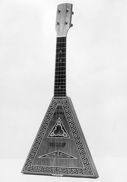 楽器「Balalaika」:写真・画像(2)[壁紙.com]