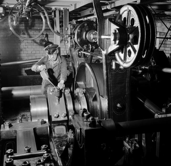 Hydraulic Platform「Engine Room」:写真・画像(4)[壁紙.com]