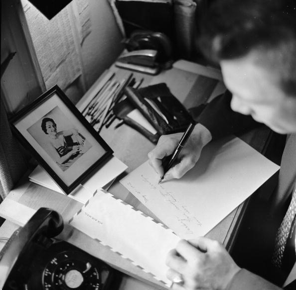 Writing「Writing Home」:写真・画像(11)[壁紙.com]