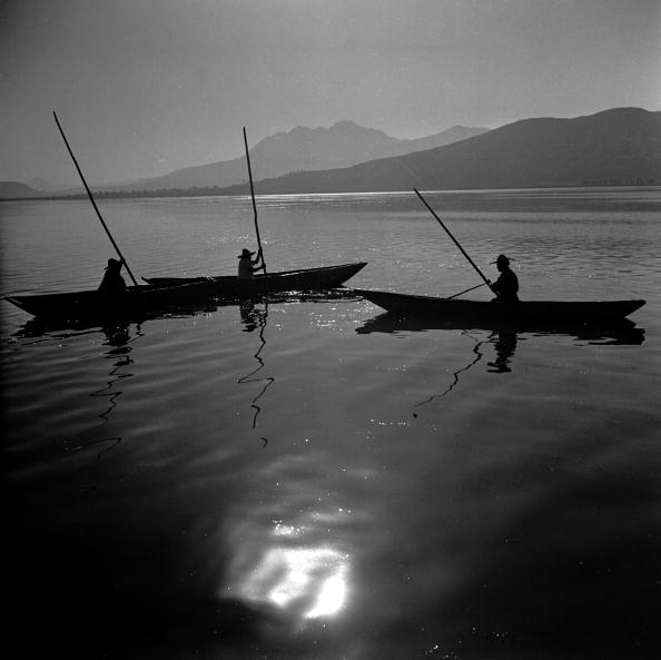 Finance and Economy「Lake Fishermen」:写真・画像(9)[壁紙.com]