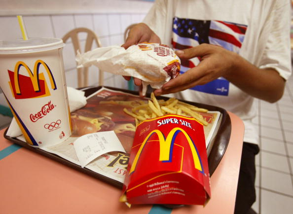 Unhealthy Eating「FILE PHOTO McDonald's Posts First-Ever Quarterly Loss 」:写真・画像(1)[壁紙.com]