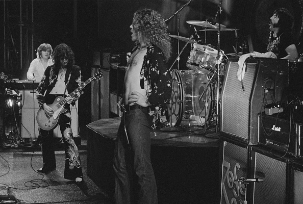 1975年「Led Zeppelin At Earl's Court」:写真・画像(6)[壁紙.com]